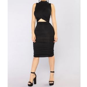 Brand New Sexy Ruched open front dress sz large
